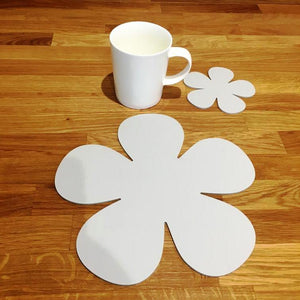 Daisy Shaped Placemat and Coaster Set - Light Grey
