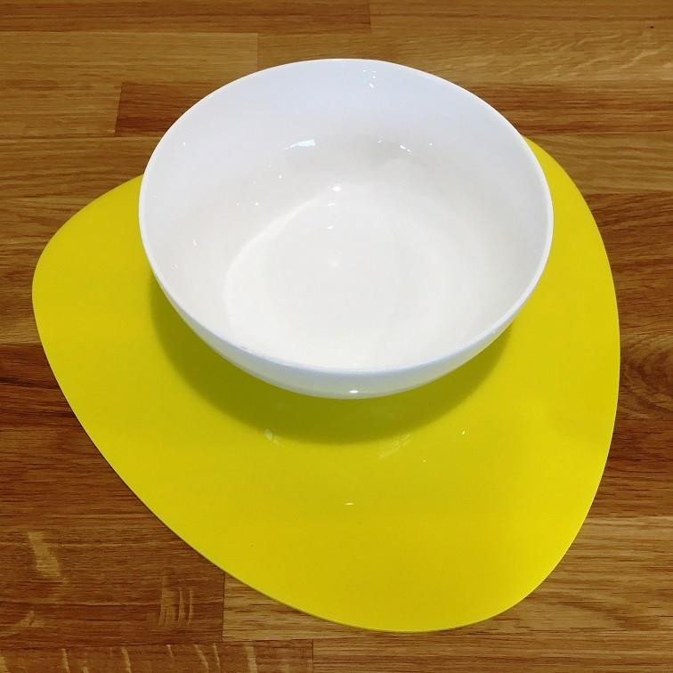 Pebble Shaped Placemat Set - Yellow
