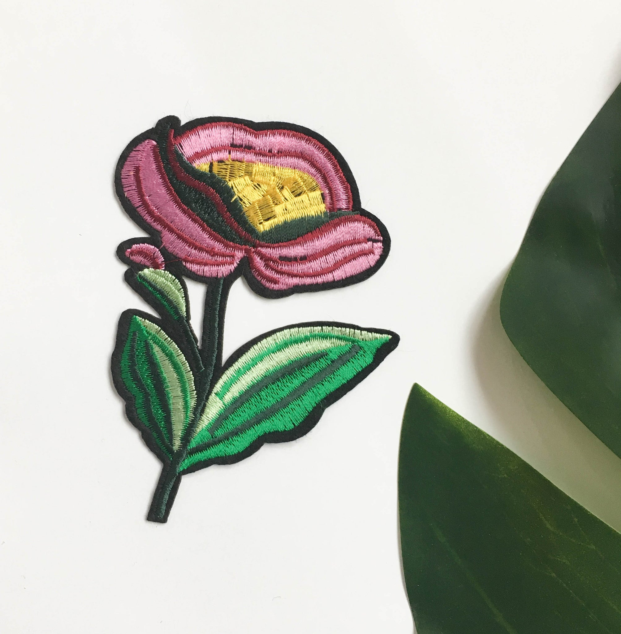 Iron on patches - Pink flower