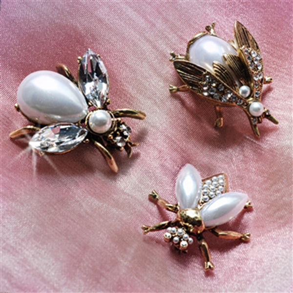 Sweet Romance Exotic Bees Scatter Pins Set of 3 ~Glass Pearly Girls Goldtone~ - Belle Fleur Boutique