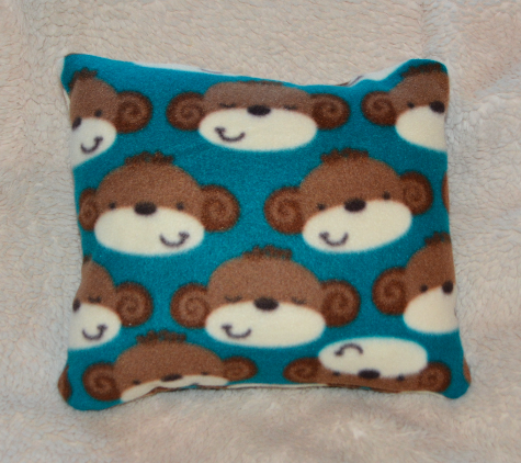 'Beary Happy' mini throw pillow