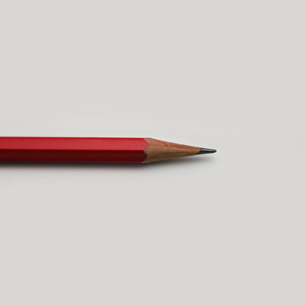 Sharpened point Edelweiss HB pencil