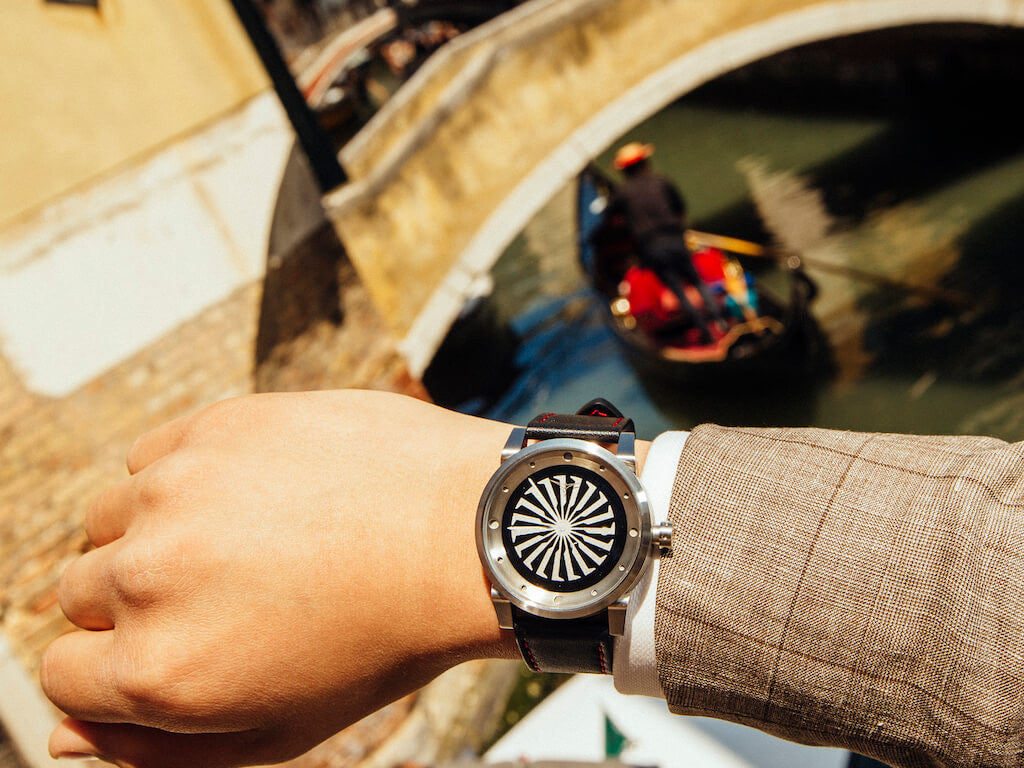 ZINVO Canals Italy Venice Blade Silver Watch