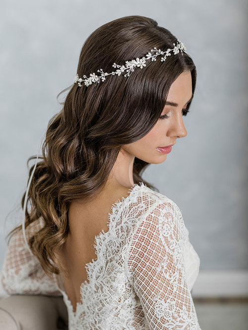 Romantic floral garland 6965