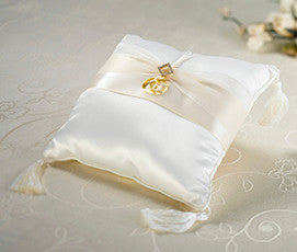 Ivory Diamond Ring Pillow