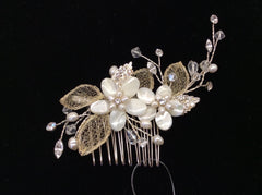 Shell flower hair comb with freshwater pearls and crystals