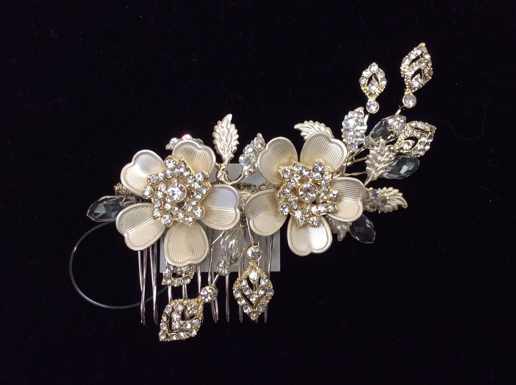 Vintage gold rhinestone and crystal floral comb