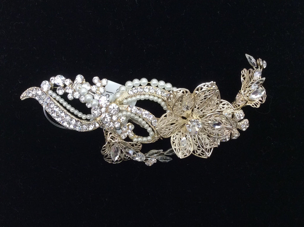 Vintage gold metal flower hair clip