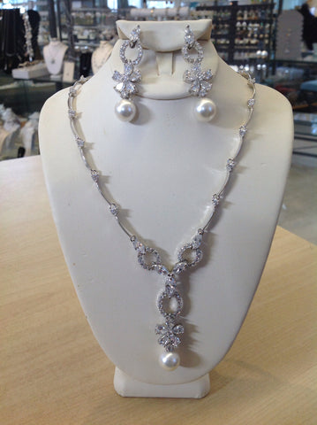 CZ Flower and Pearl Drop Necklace Set DR-250