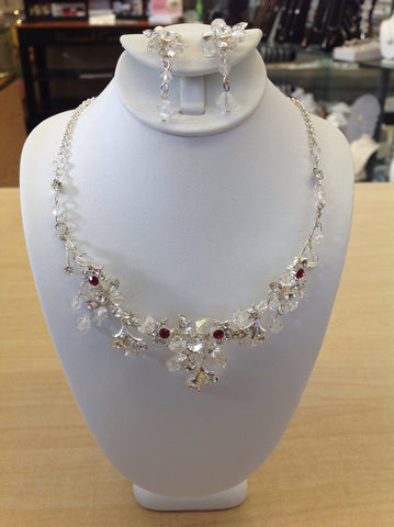 Swarovski Crystal Flower Necklace Set