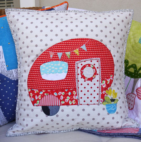 Poppies Van- cushion/applique pattern - Claire Turpin