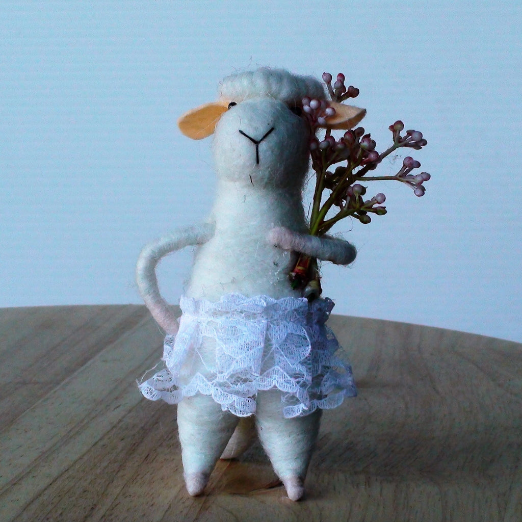 Dot Flower Power Sheep~ standing ornament