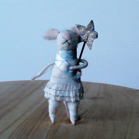 Star Girl Mouse~ standing ornament