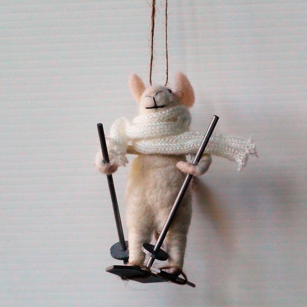 Dobson Skier Mouse~ hanging ornament