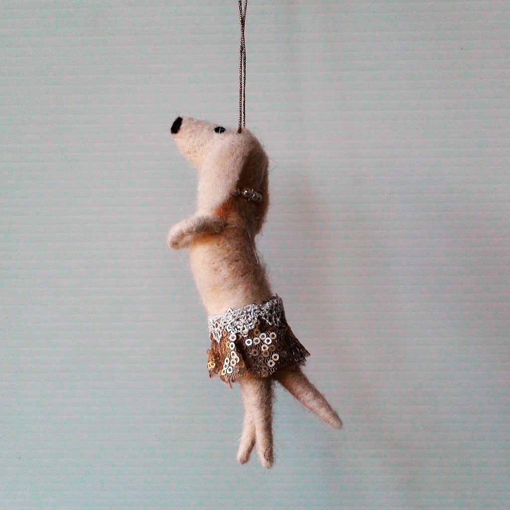 Pip the party dog~ hanging ornament