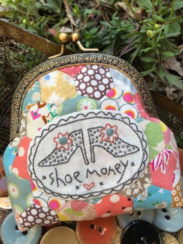 Hatched & Patched ~Shoe Money Purse~ pattern