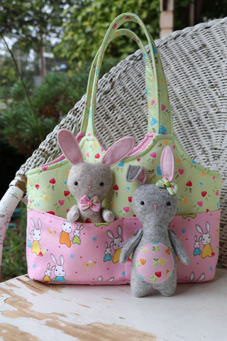 "Ric Rac ""Bag O'Bunnies"" bag pattern by Jodie Carleton"
