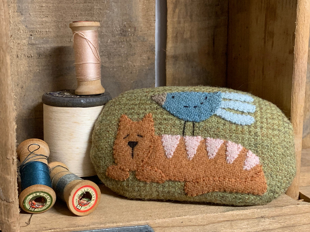 The Birdhouse Pattern ~ Friendly Foes~ Pincushion