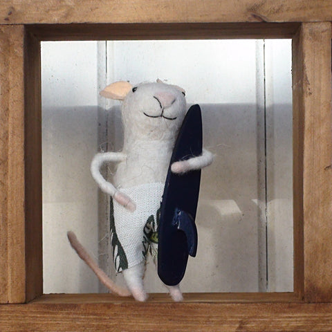 """Murphy"" Surfer Mouse ~ standing ornament"