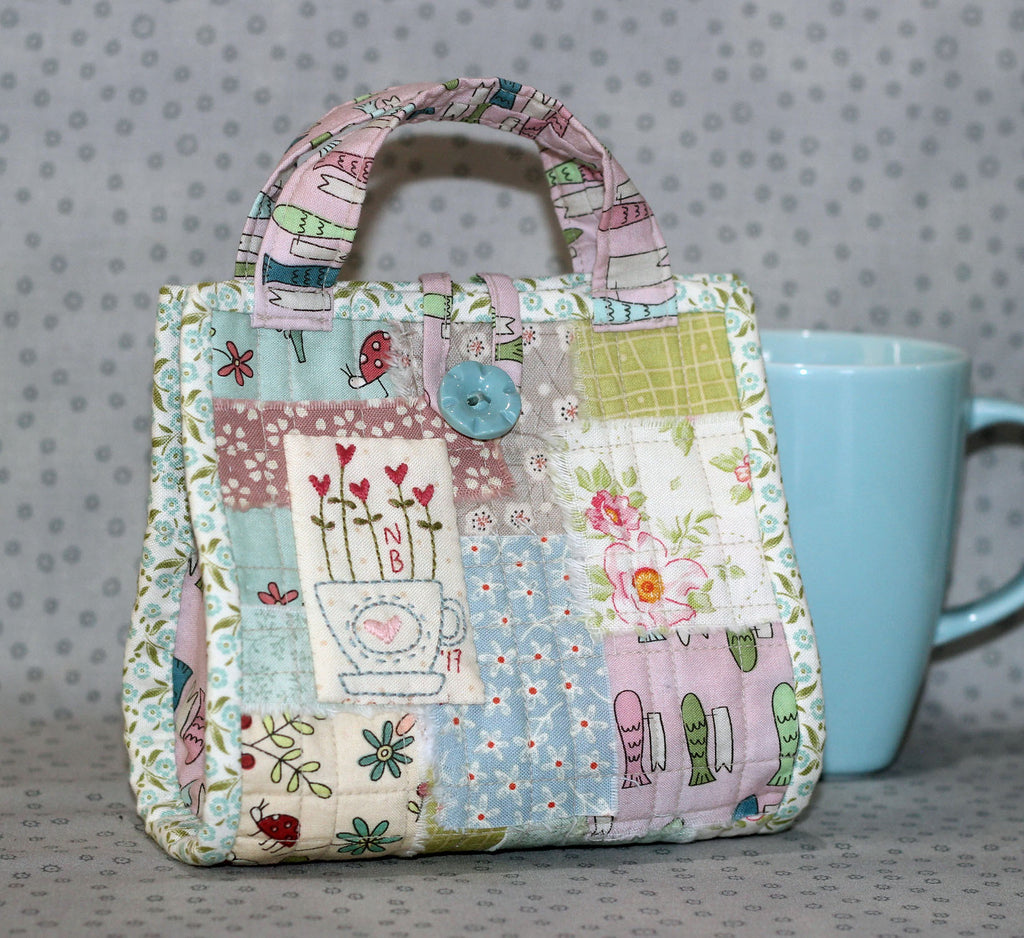 """Love a Cuppa"" Mug Bag Pattern~ The Birdhouse"