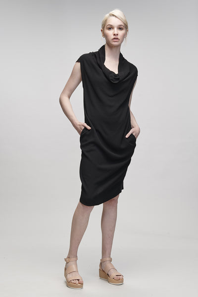 DRAPE DRESS - BLACK