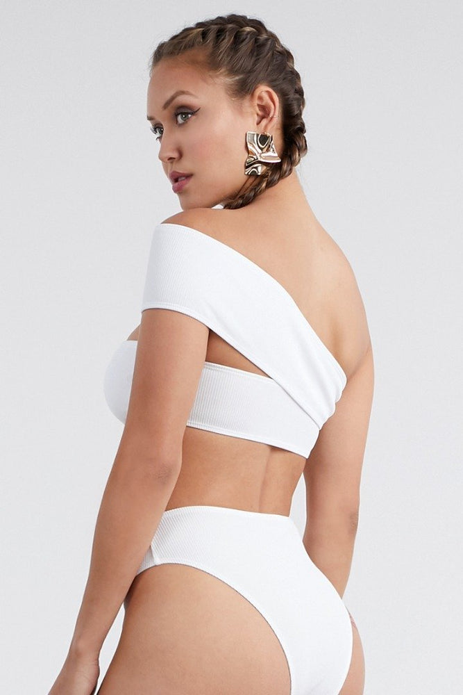 Monostrap Side Cut Two Piece Bikini Set White Swimwear