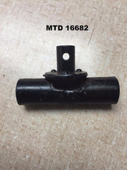 16682 MTD SLEEVE PIVOT ASSEMBLY.  Alt. MTD 706-RL501