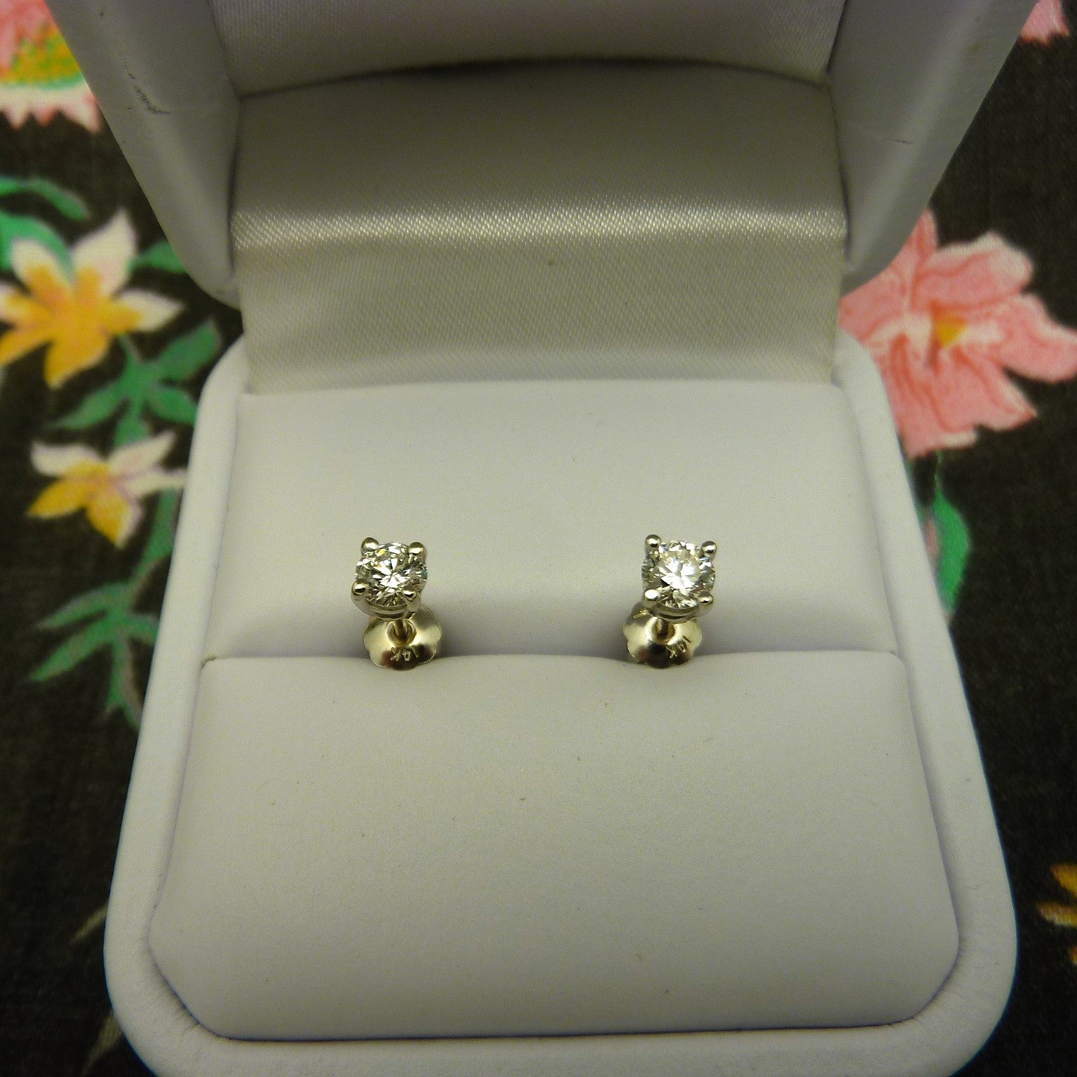 diamond pid daisy jewellery studs earrings products