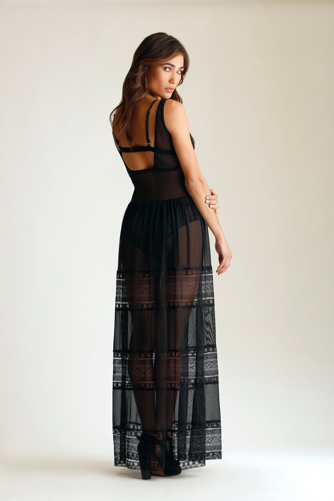 MYSTIC MESH AND LACE MAXI DRESS