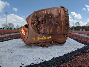 Personalized, Custom Baseball & Softball Gloves