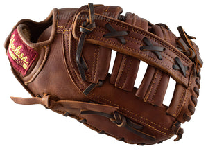 Thumb view on the 12-Inch First Base mitt
