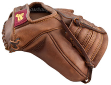 Thumb View on the Vintage 1925 Fielder's Glove