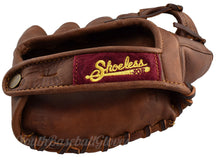 Wrist Strap of the replica Vinatage 1925 Fielder's Glove