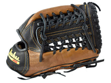 Webbing on the Pro Select 11 1/2-Inch Modified Trap Shoeless Joe Glove