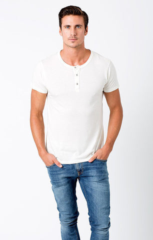 MENS ESSENTIAL WHITE SHORT SLEEVE HENLEY TEE