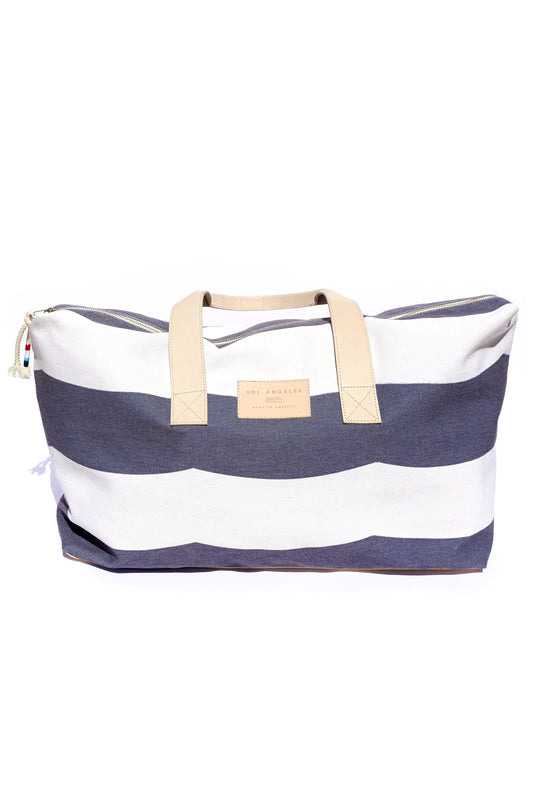 WAVES CANVAS WEEKENDER