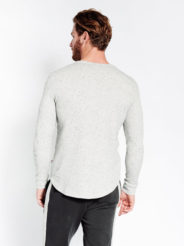 SPECKLED THERMAL HENLEY
