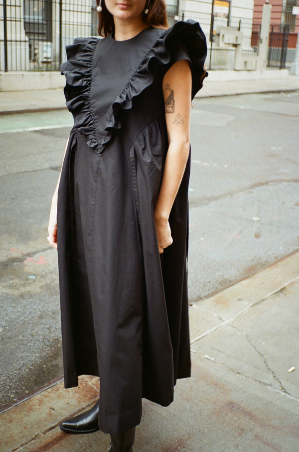 Dancey Dress in Black