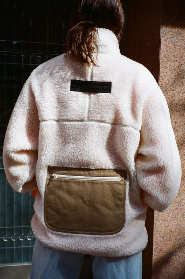 Barn Fleece in Cream
