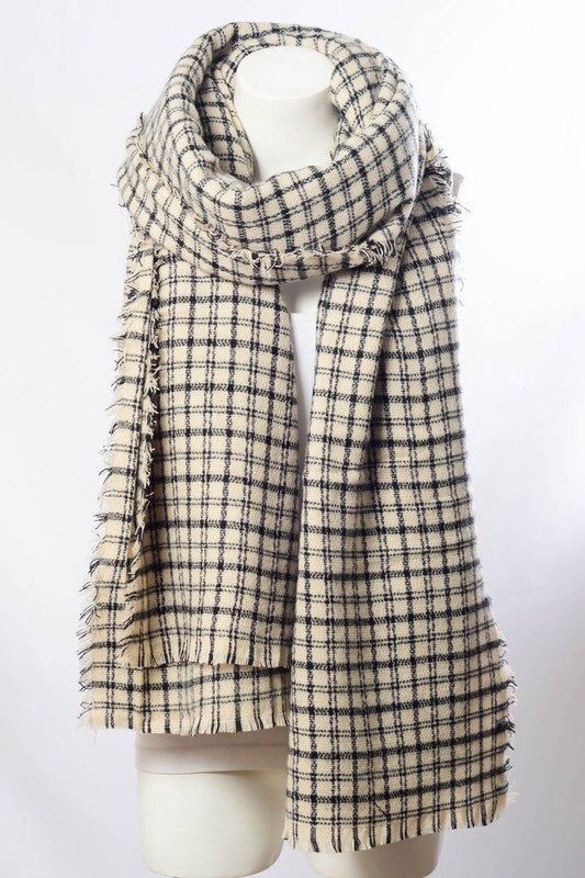 Snuggle Up Classic Plaid Scarf