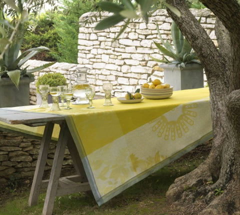Jacquard Français Tablecloth - Jardin D'Orient Yellow