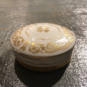 White & Gold Vintage Dish With Lid