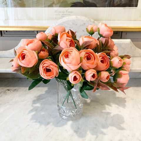 Ranunculus Bunch in Palest Peach