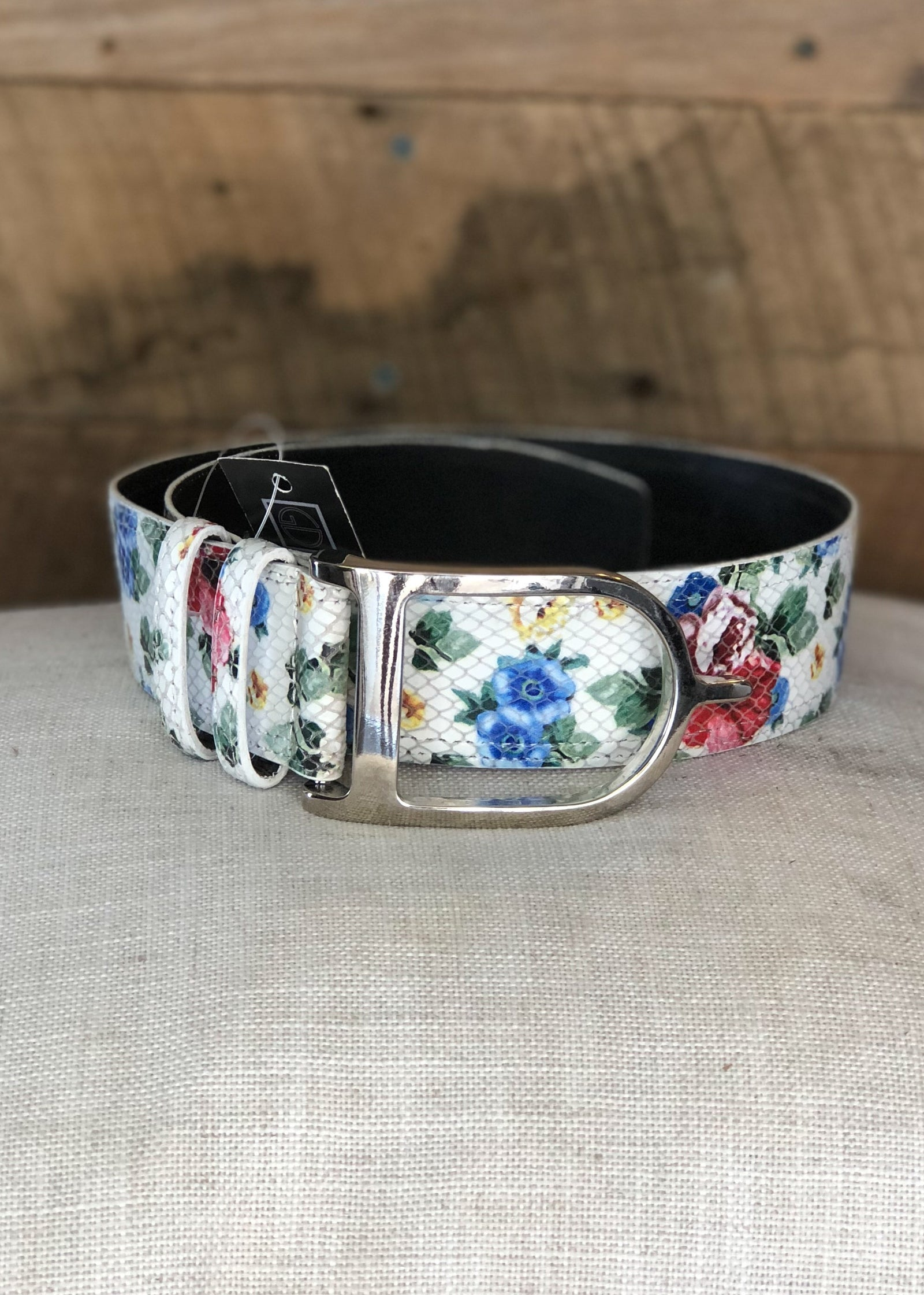 Duftler Spur Belt White Floral - Luxe EQ