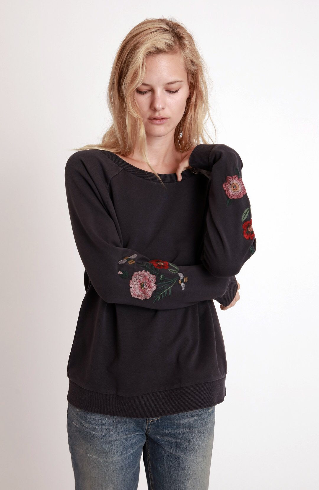 Billy T Vintage Embroidered Sweatshirt