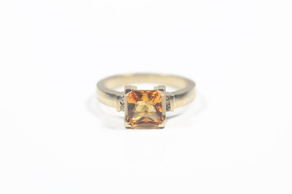 Yellow Gold Princess Cut Citrine Ring with Diamonds