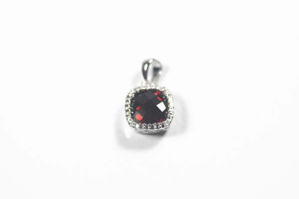 White Gold Pendant with Checkerboard Garnet and Diamonds