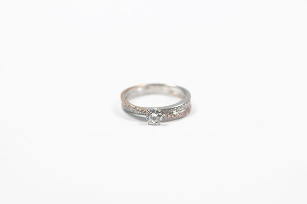 Two-Tone Criss Cross Diamond Ring