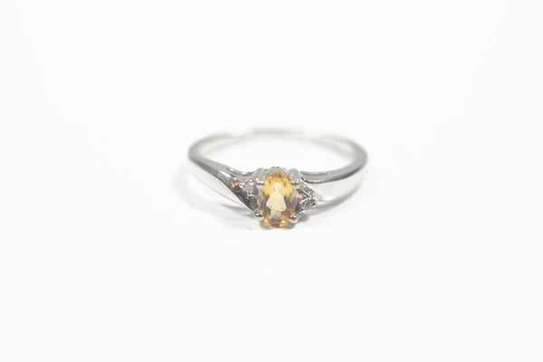 White Gold Ring with Oval Citrine