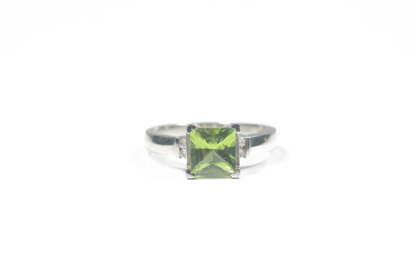 White Gold Princess Cut Peridot Ring with Diamonds